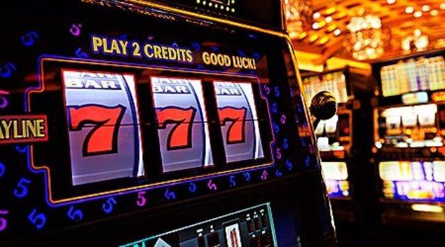 Красочное и яркое оформление онлайн Pharaon casino